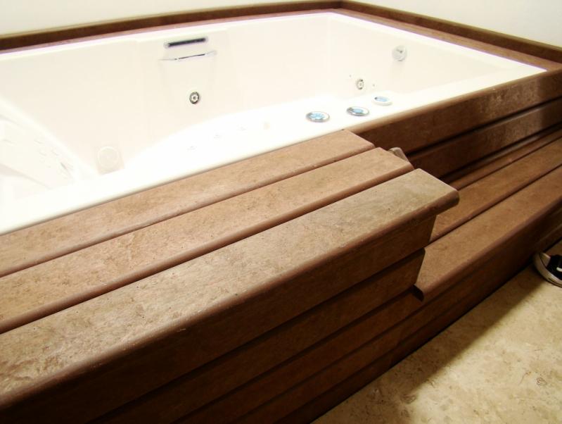 Deck de Madeira Plástica para Spa na Vila Augusta - Deck para Spa em SP