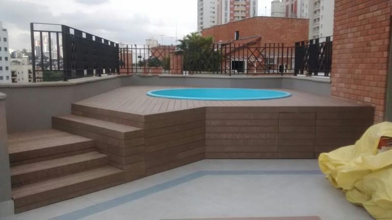 Deck para piscina em sp rewood for Piscinas plasticas redondas