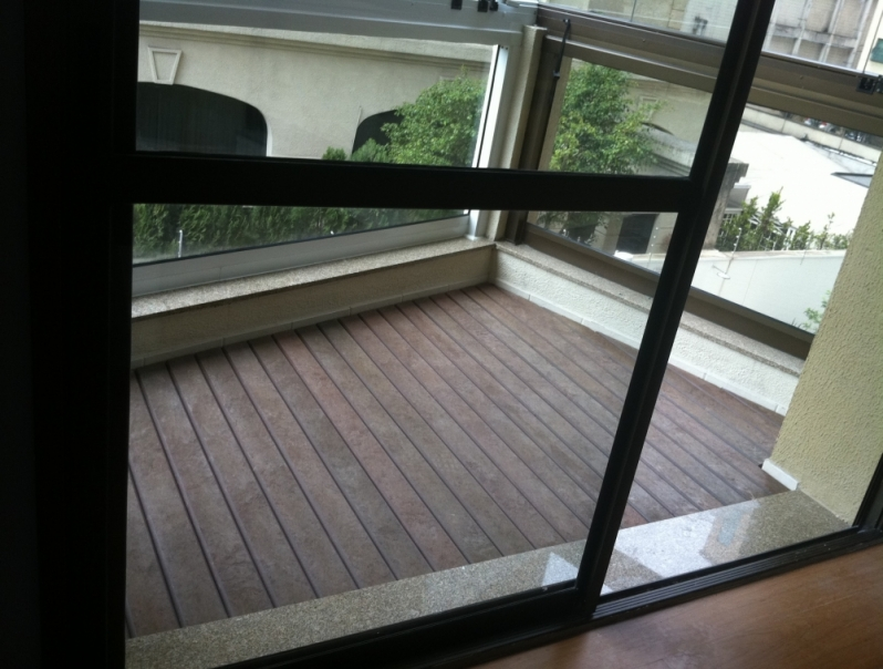 Deck Quarto na Vila Augusta - Deck para Varanda