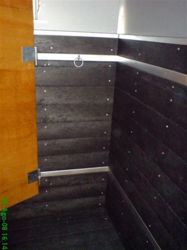 Madeira para Assoalho de Carroceria Preço na Ponte Grande - Madeira Plástica para Assoalho de Caminhão Baú