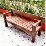 banco de jardim de madeira plástica preço Picanço
