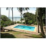 deck de madeira para piscina móvel na Marapoama