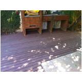 deck de madeira plástica na Sé