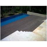 deck de madeira vertical
