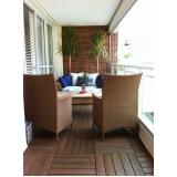 deck de madeiras para sacada de apartamentos em Recife