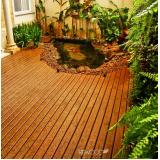 deck PVC imitando madeira na Cidade Jardim