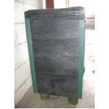 lixeira em madeira plástica
