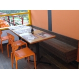 mesa de madeira para churrasqueira na Ibirapuera