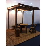 pergolado de madeira quadrada preço Parque do Carmo