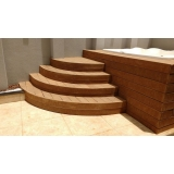 piso deck de madeira plástica para spa na Cidade Líder