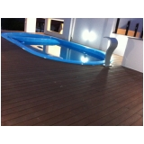 piso tipo deck de madeira em Recife