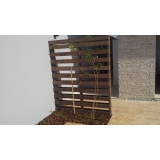quanto custa cachepô de madeira na Cidade Jardim