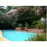 quanto custa deck de madeira no jardim Jardim Aracília
