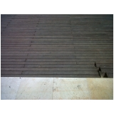 quanto custa deck de madeira textura Jardim Fortaleza