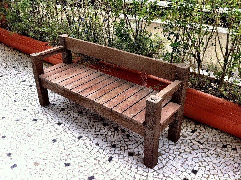 Banco de madeira ecologica plastica