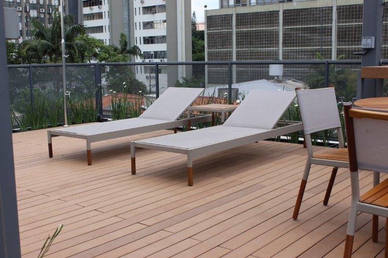 Deck de madeira plastica