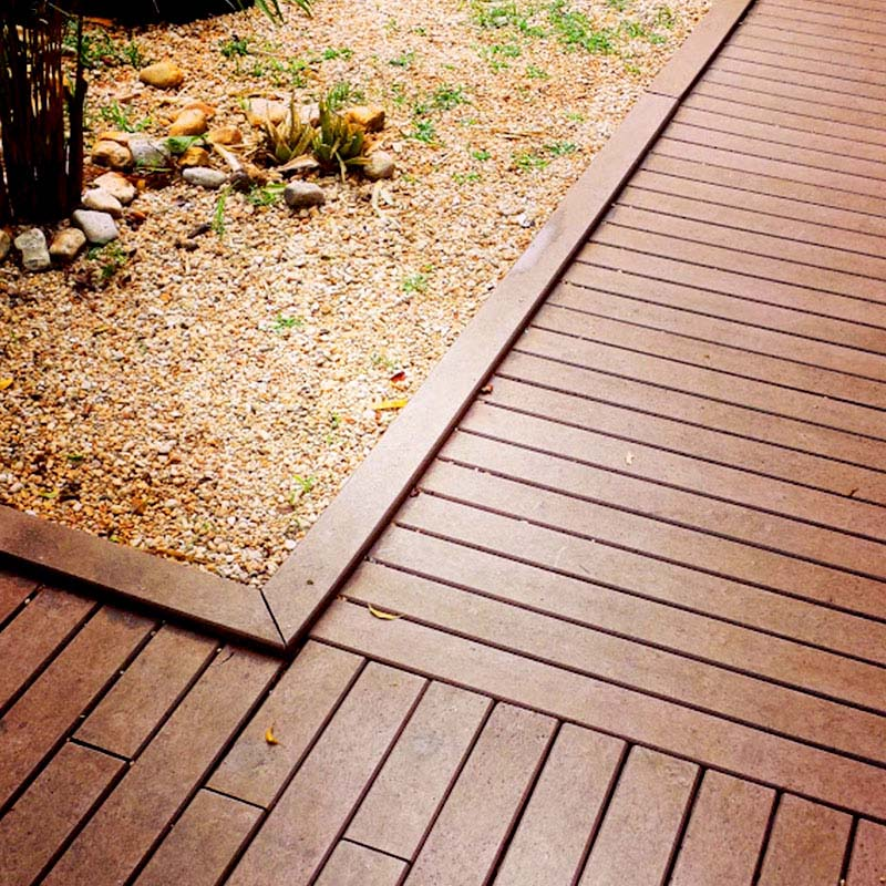 Deck em madeira Rewood com régua de 10 cm